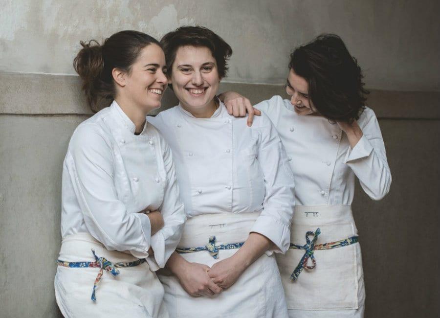 Cinzia De Lauri, Sara Nicolosi e Giulia Scialanga del catering Altatto