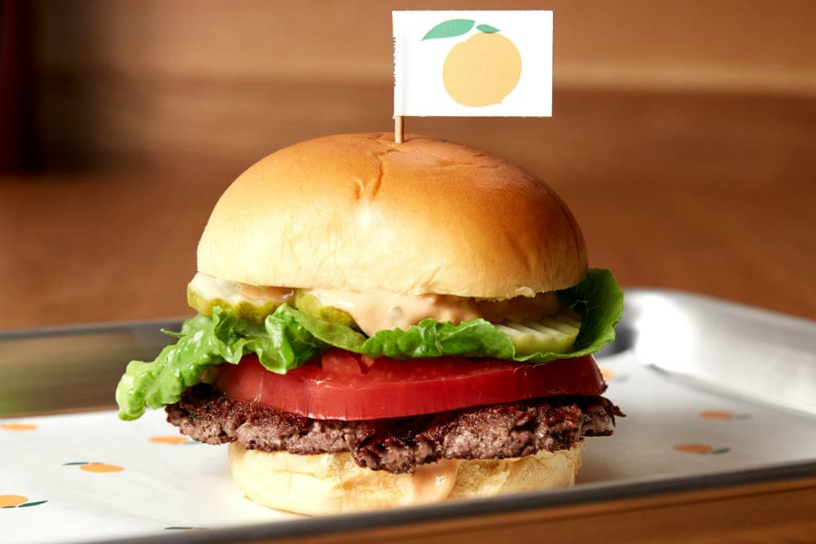 L'impossible burger della Impossible food: un burger 100% vegetale creato in laboratorio, identico a quello tradizionale