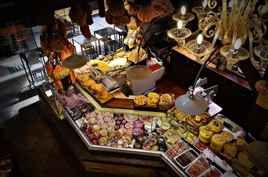 La Baita Vecchia Malga, formaggeria di Bologna