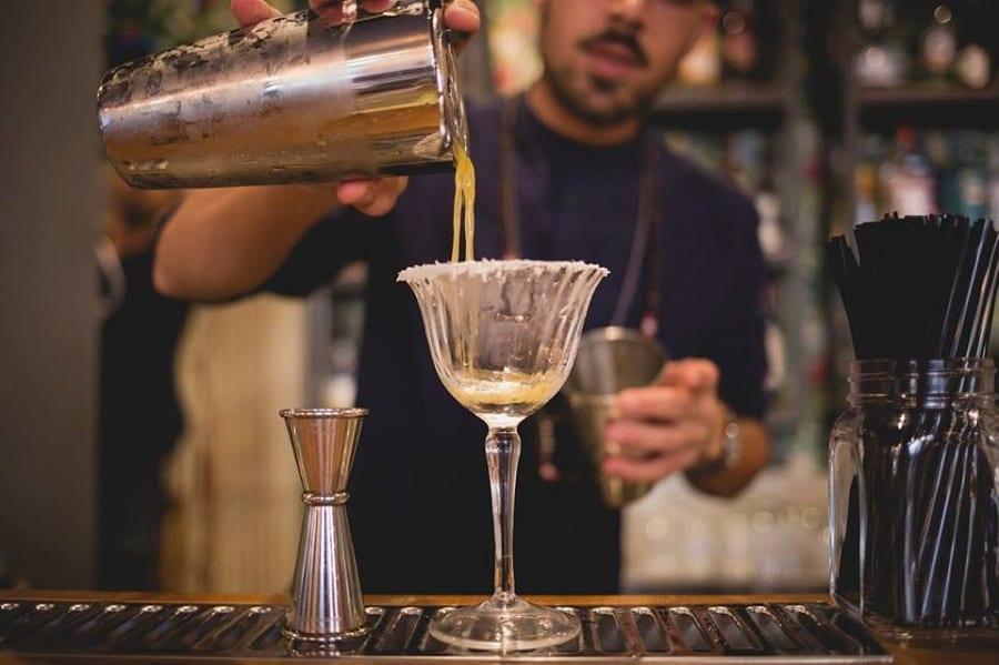 un cocktail da Sottobanco Roma
