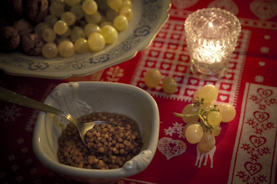 lentils & grapes are said to bring good luck