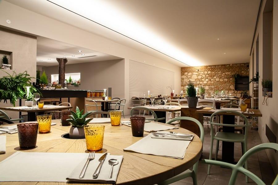 la sala della pizzeria Renato Bosco