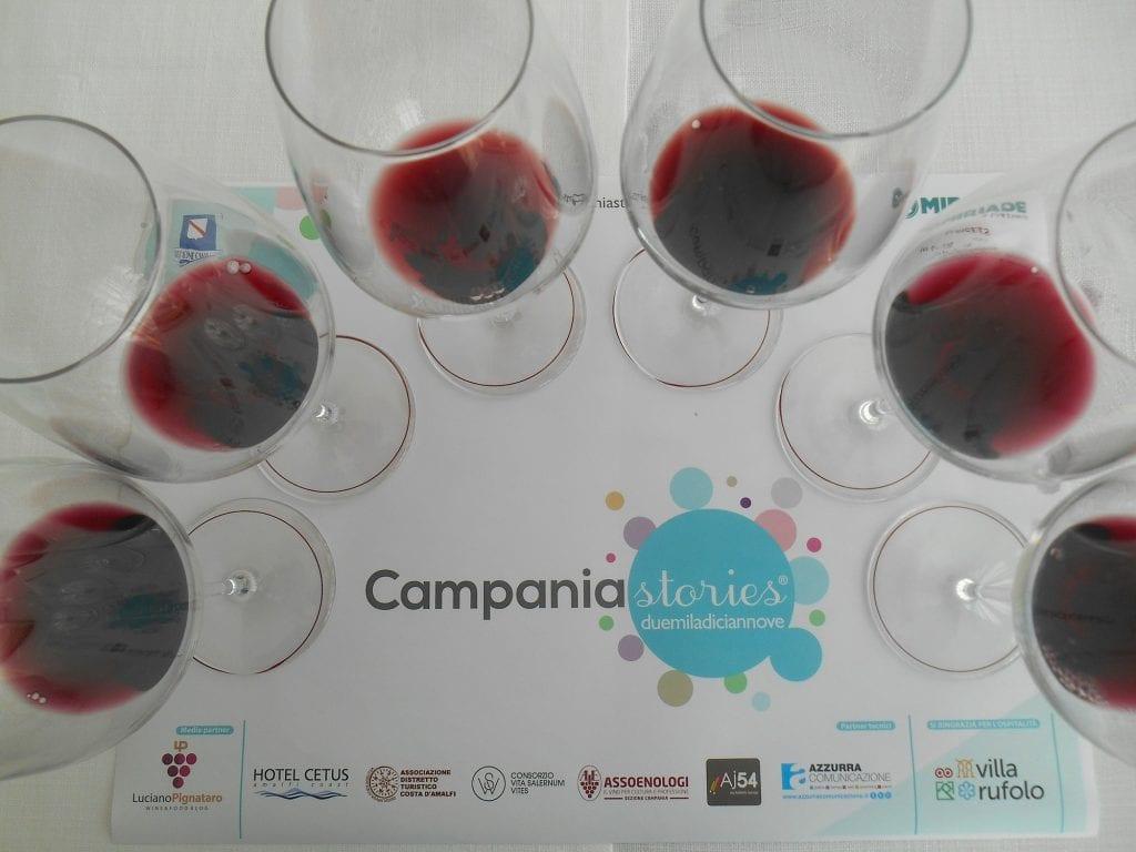 Campania stories, La degustazione dei rossi con i bicchieri