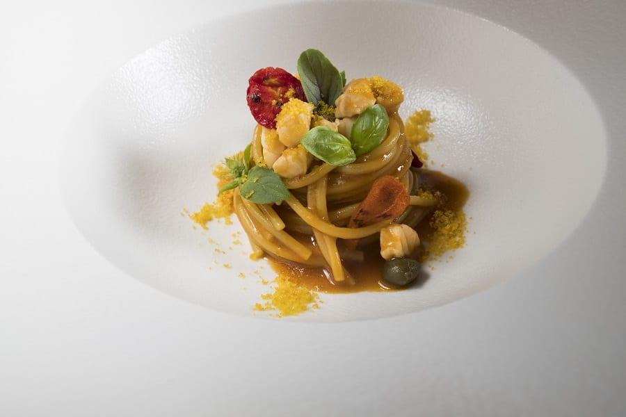 Spaghetti_allo_scorfano_olive_e_bottarga. Foto Vannucchi