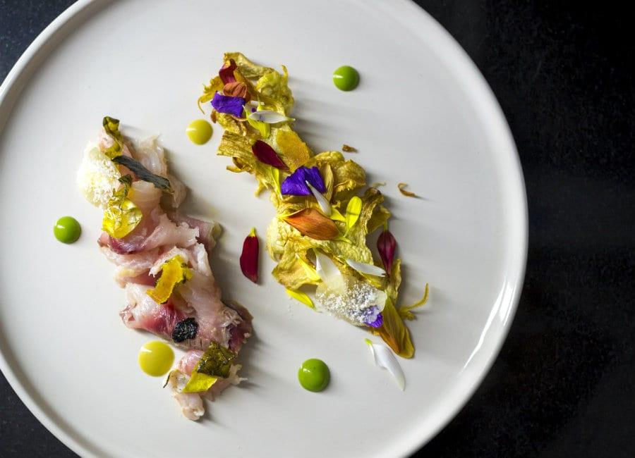 Crudo di muggine, il piatto di Gianfranco Pascucci. Foto di Andrea Di Lorenzo