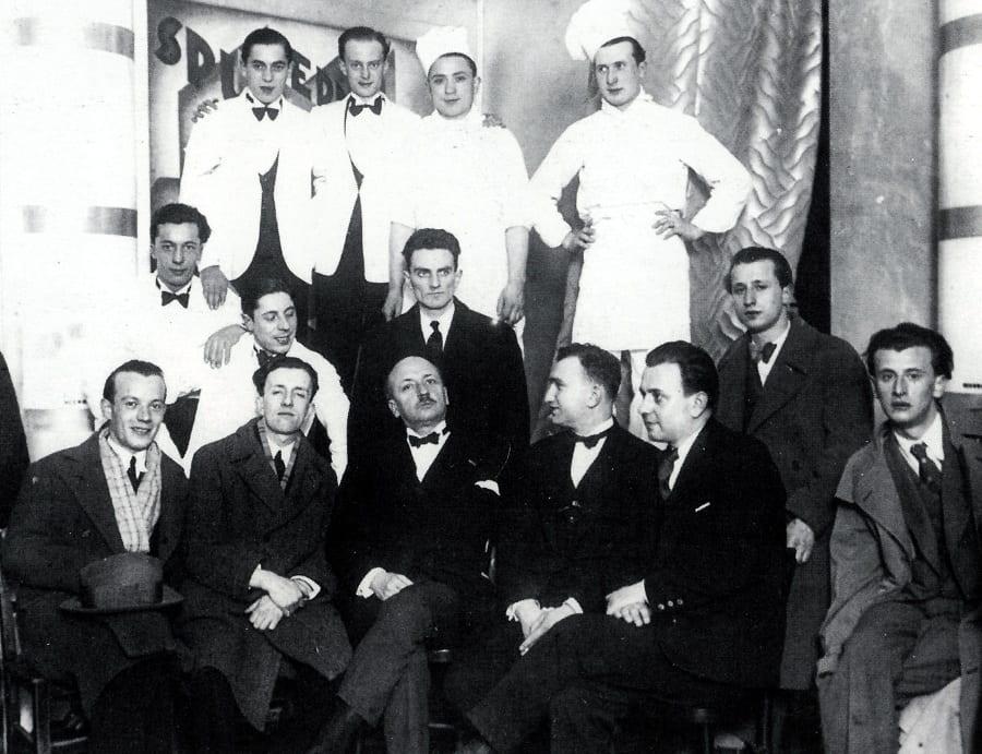 La birgata della Taverna Santopalato con Marinetti, foto in bianco e nero