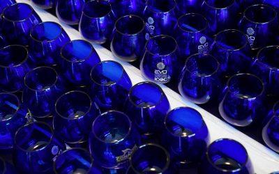 Bicchieri blu per la degustazione di olio
