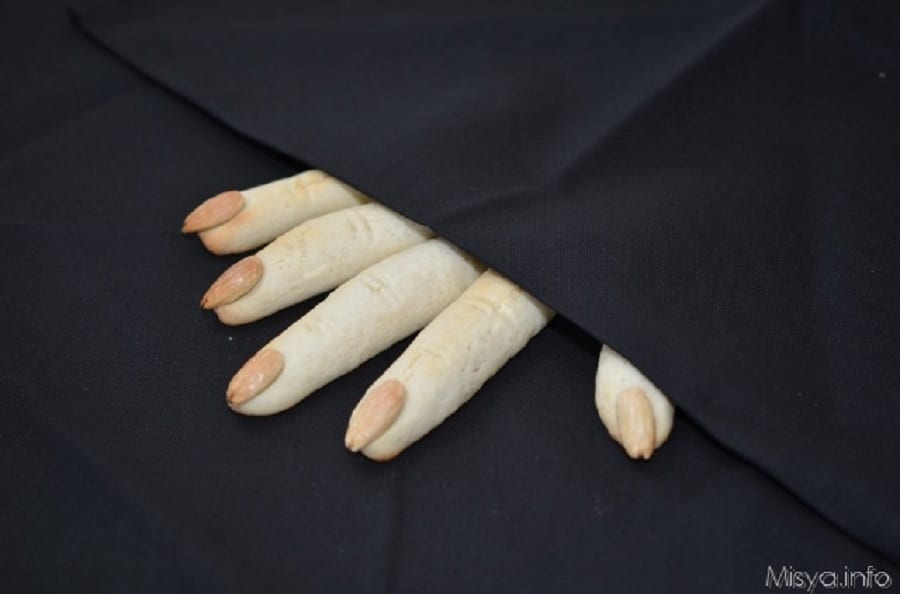 Halloween misya dita di strega