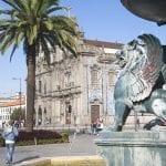 066068 Chiesa do Carmo con azulejos e fontana dei Leoni