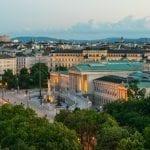 WienTourismus_Christian Stemper_Vista sulla Ringstrasse con Parliamento e Palazzo Epstein