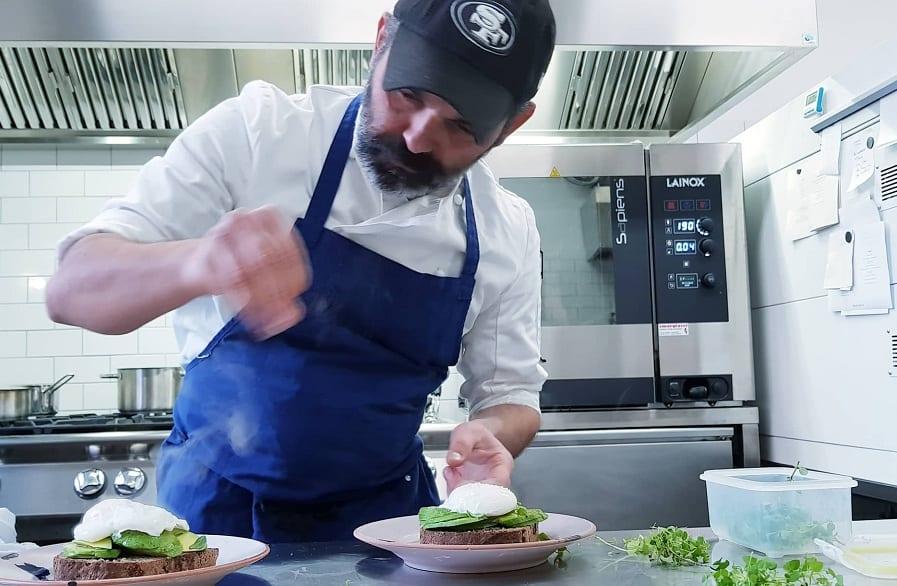 Domenico in cucina da Marigold