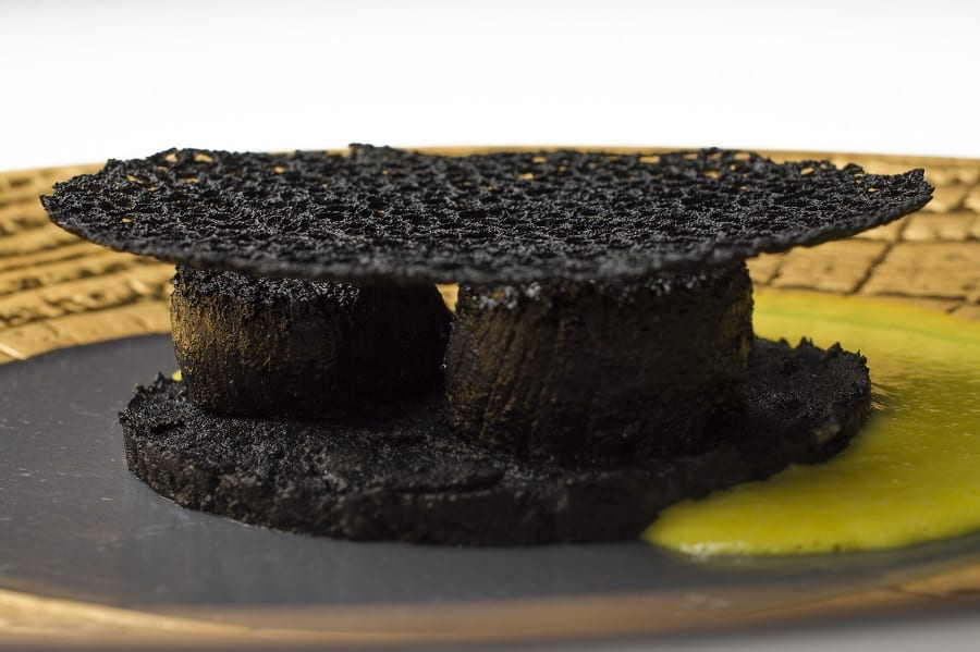 Miramoti l'altro capesante cotte al carbone