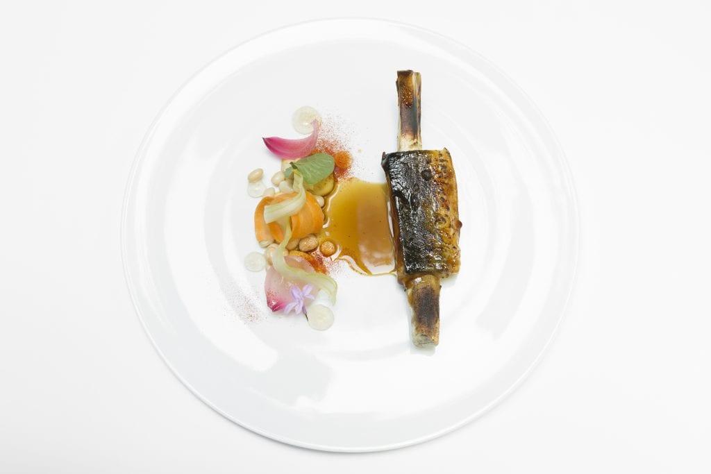 OinkOink_ Anguilla che sembra una costina di maiale _Chef Daniele Lippi Ph.BarbaraSantoro