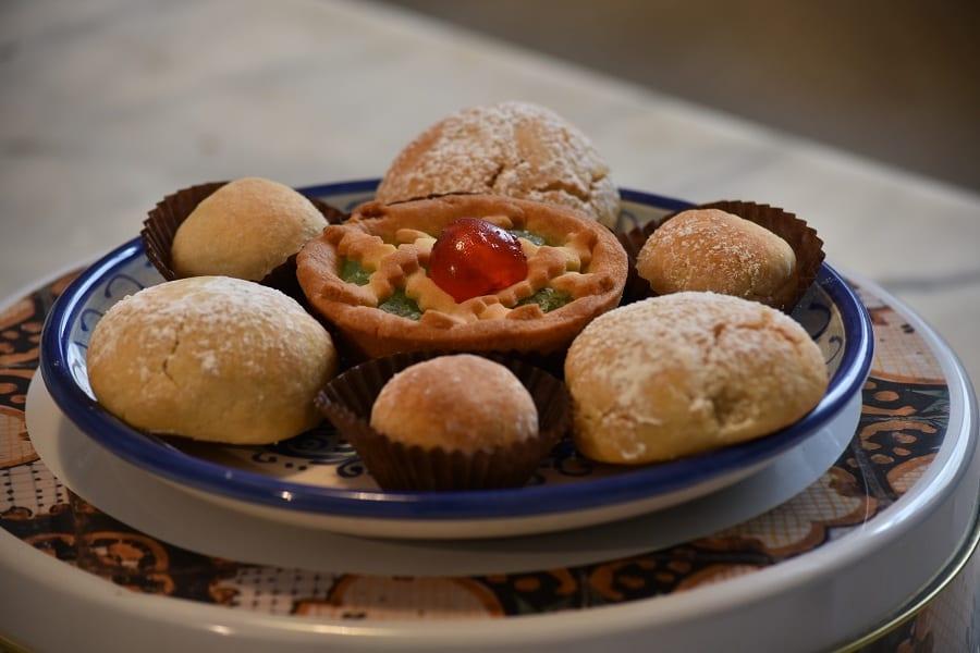 Un piatto di dolci del convento di Santa Caterina a Palermo