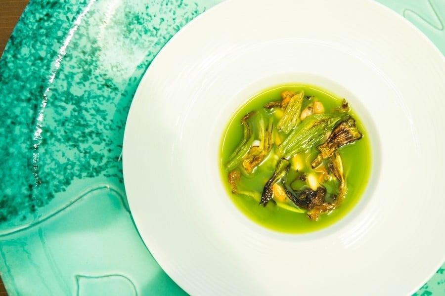 Sfumature di zucchine, cozze e alghe di Peppe Guida