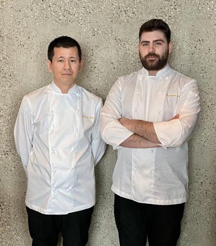 IYO Experience - Milano sushi chef Katsumi Soga (sx) e chef di cucina Giampiero Brotzu (dx)