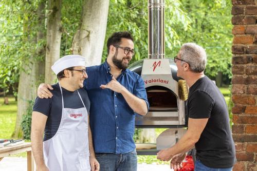 sfida alla pizza gourmet daniele d orta tutor con attore catone