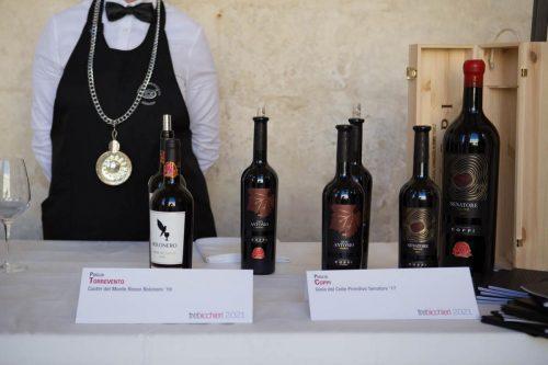 Tre Bicchieri 2021 Lecce - I vini