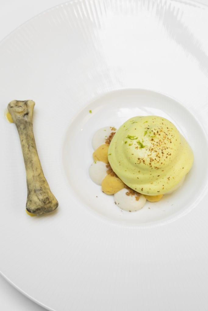 Pollo al curry, il dessert di Acquolina. Chef Daniele Lippi Pastry Chef Pier Simone Guarino