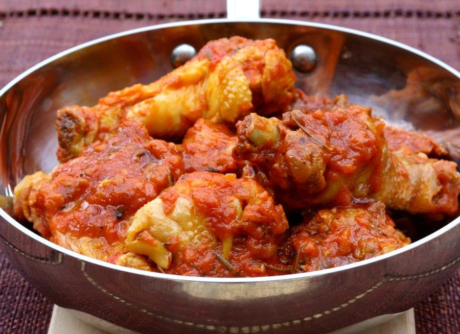 Pollo in potacchio, ricetta tipica delle Marche