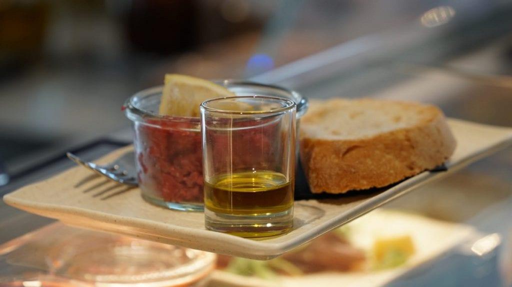 Pruneti Extra Gallery: olio e cucina in assaggio