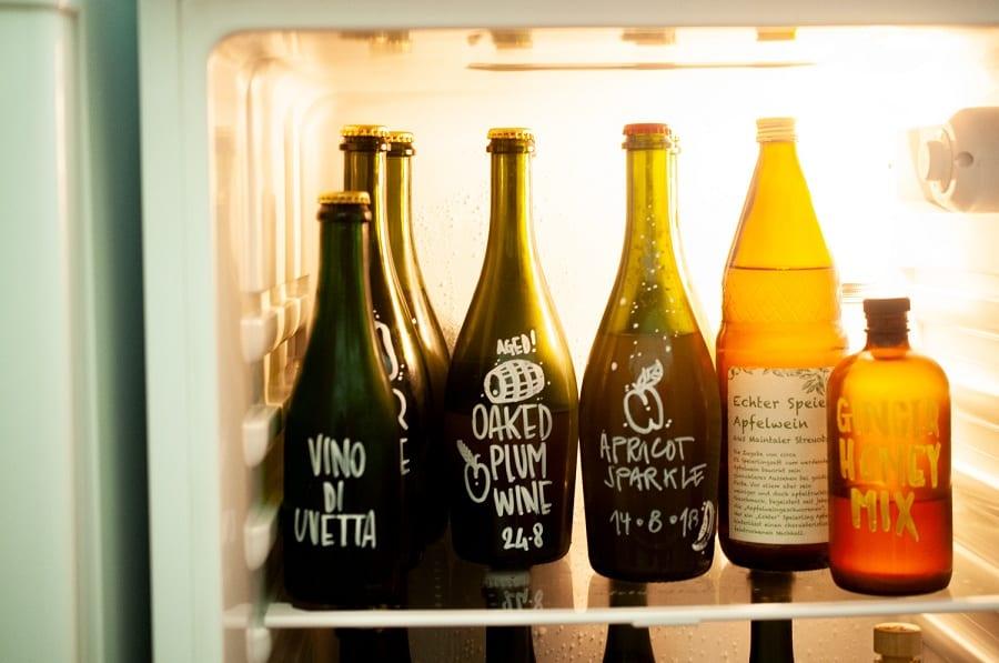 Le bottiglie nel frigo di Scarto