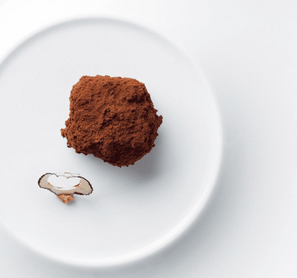 Tartufo nero, tiramisù. Luigi Taglienti. Immagine tratta dal libro Mondo Caffè