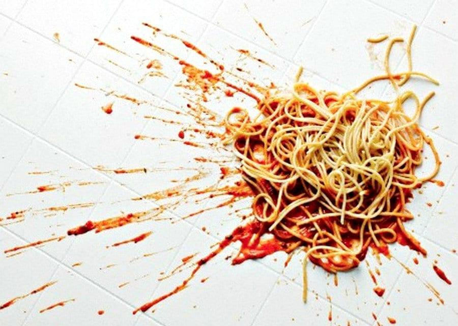 Spaghetti contro al muro