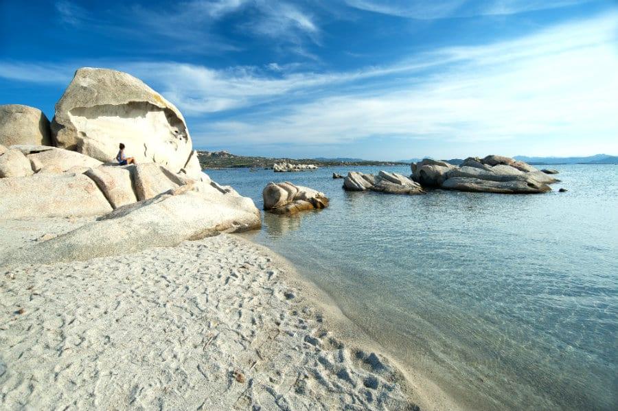 Spiaggia Testa del Polpo, alla Maddalena. Foto di Enrico Spanu