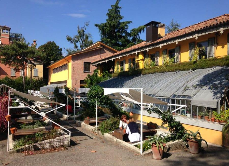Il bel dehors di Vetro alle Serre dei Giardini Margherita a Bologna