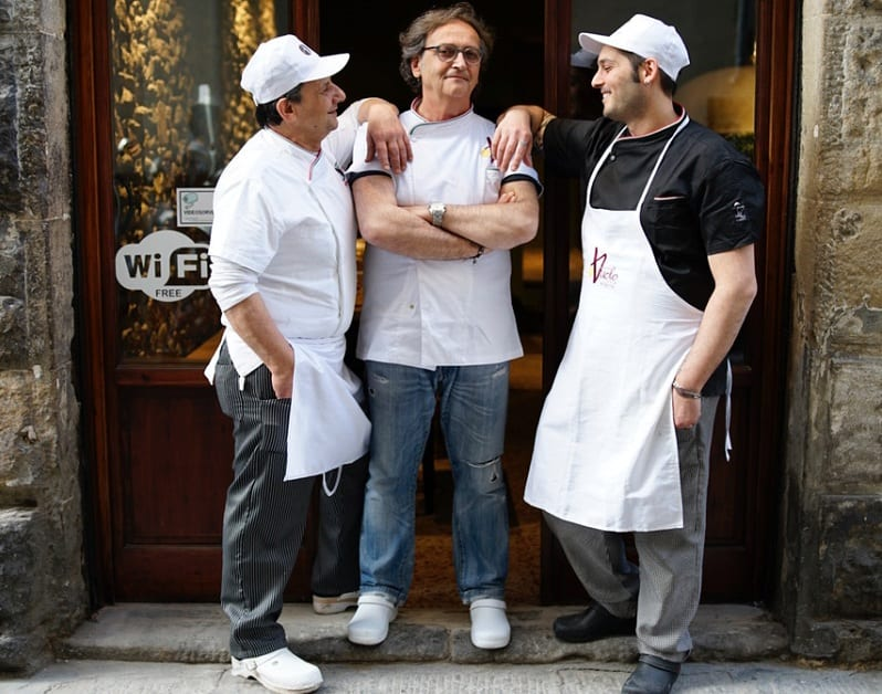 Gugliemo Vuolo e il suo team da Caffè Italiano a Firenze